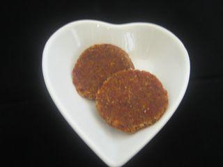 Almond goji cookies